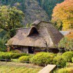 茅葺き屋根の古民家②