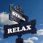 stressとrelaxの看板