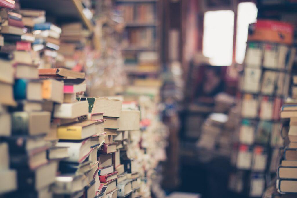 積みあがった本たち